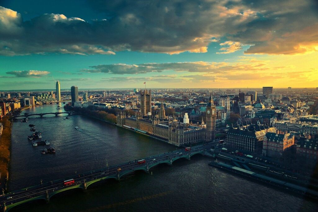 A photo of London - river Thames and the Big Ben are visible
